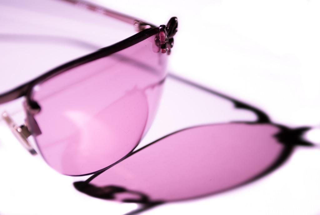 Rose tinted glasses Derek Gavey